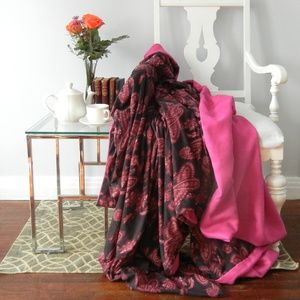 Other - Pink Paisley Cozy Throw Blanket